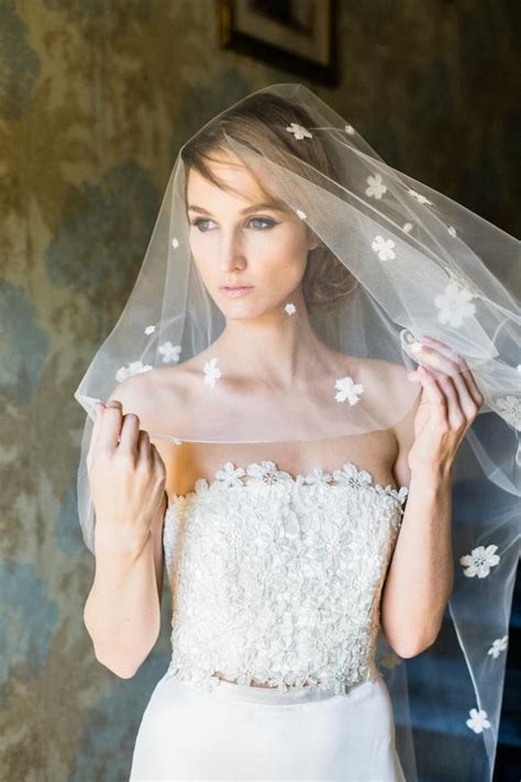 Wedding Hairstyles With Fingertip Veil by Bridal Drop Veil Simple Veil Bridal Chapel Veil