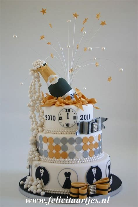 new year cake happy new year by felicitaartjes new years