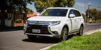 Mitsubishi Exceed 2017 Mitsubishi Outlander Exceed Petrol Review Caradvice