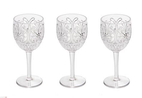 apparecchiare la tavola bicchieri apparecchiare la tavola consigli per bicchieri piatti