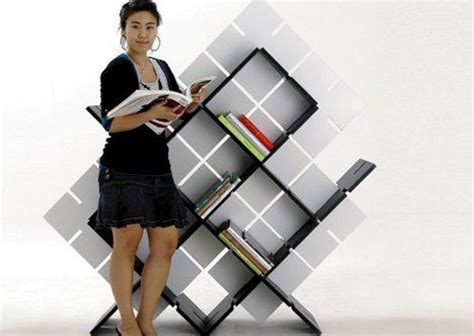 flat packing knockdown bookcase for shelving on the go