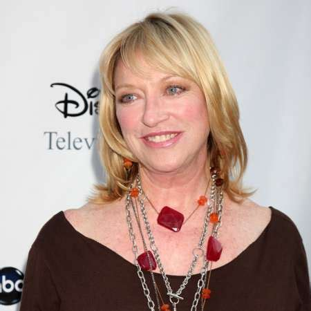 veronica cartwright actress view all biography starting name from v