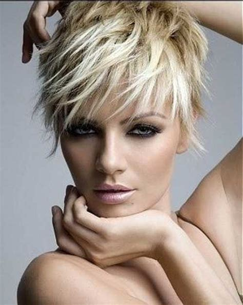 dos and donts for pixie hairstyles for women with round faces 17 best ideas about messy pixie cuts on pinterest pixie