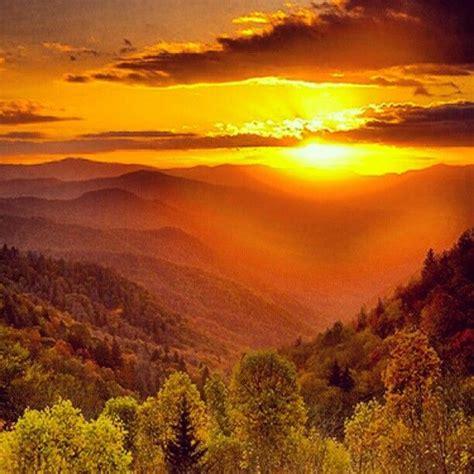 Sunset In The Smoky Mountains Sunset Scenes Pinterest Sunset Cottage Gatlinburg