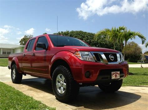 used 2012 nissan frontier sv crew cab 4wd 6speed manual for sale in edgewater park nj 08010 buy used 2012 nissan frontier sv crew cab pickup 4 door