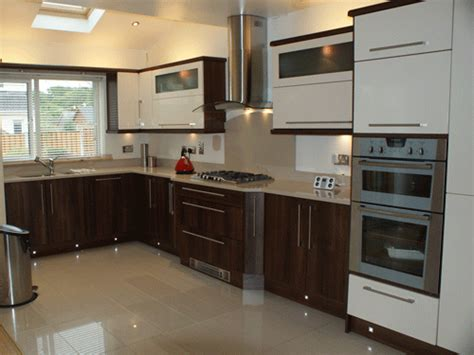 cl4 ivory walnut high gloss bydesign kitchens and