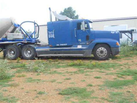Sleepers Trailer 1996 Freightliner 1996 Sleeper Semi Trucks