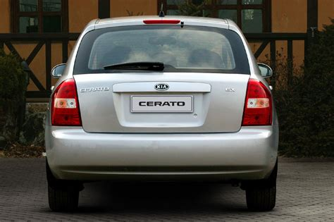 Kia Cerato 2004 Specifications 2004 Kia Cerato 2 0 Hatchback Related Infomation