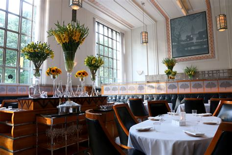 11 madison park restaurant new york food review eleven madison park in new york city the