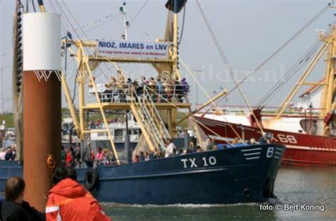 scheepvaart noordzee volgen visserijprotest texel tegen de overheid breidt zich uit op