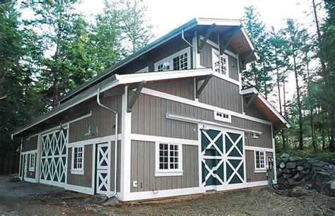 buildings pole barn builder specializing  post frame