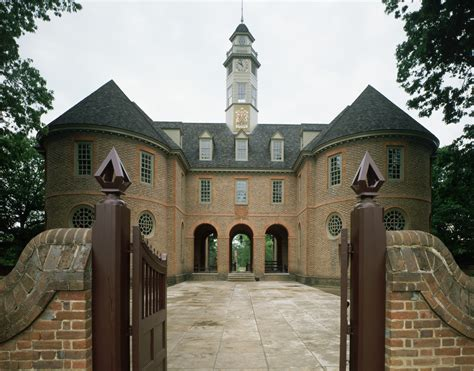 What Is A Colonial House colonial capitol building in williamsburg virginia