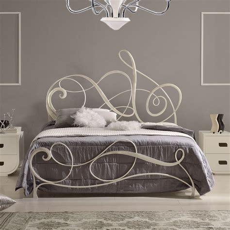 letto in ferro con contenitore best letti in ferro battuto moderni ideas acomo us