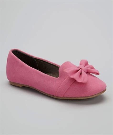 shoes tuxedo flats flats pink bow wheretoget