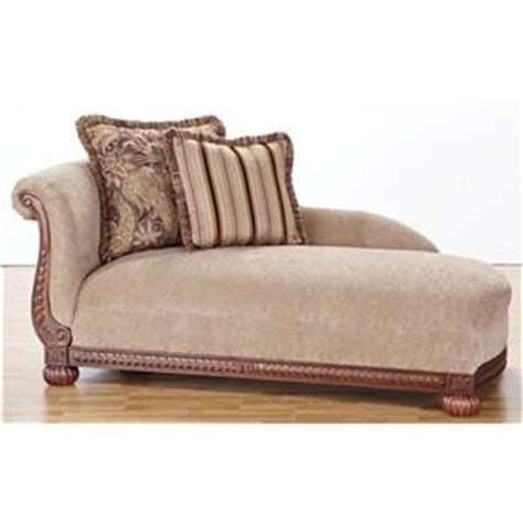 Hm Richards by Hm Richards 8716 Traditional Rolled Arm Sofa With