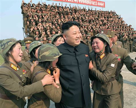 Gantungan Kunci Army Kpop Korea corea nord pyongyang cambia la leva tutti arruolati