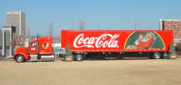 coca cola truck file coca cola truck peterbilt jpg wikimedia commons