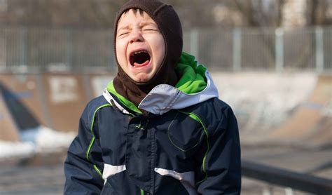 what causes mood swings in teenagers why do foods cause temper tantrums or mood swings in kids