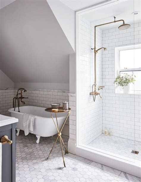 bathroom tub shower ideas best 25 traditional bathroom ideas on subway