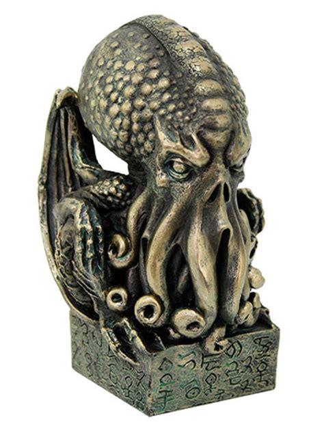 h p lovecraft figure cthulhu h p lovecraft 7 inch figure with display