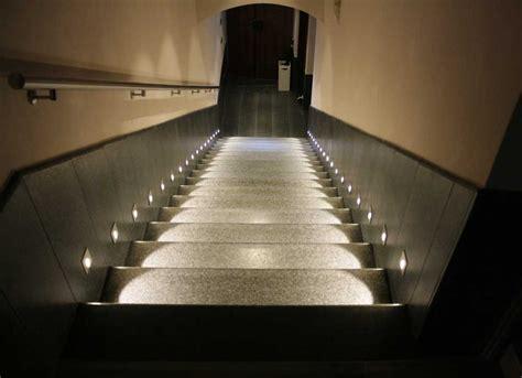 illuminazione scale esterne illuminazione scale interne foto scala da interni dal