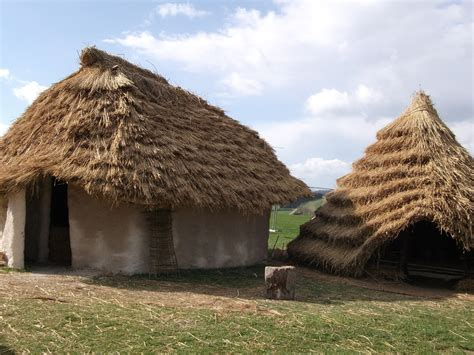 neolithic houses stones bones kings the worlds of author j p reedman durrington walls neolithic houses