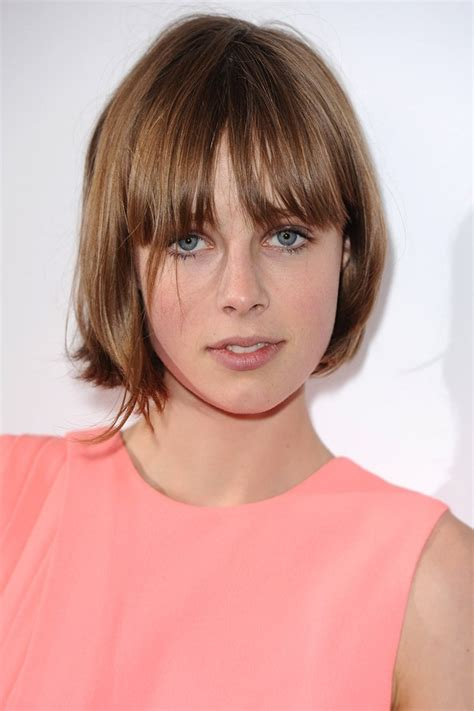 shoulder bob with choppy fringe bob hairstyles haircuts celebrity bob hairstyles