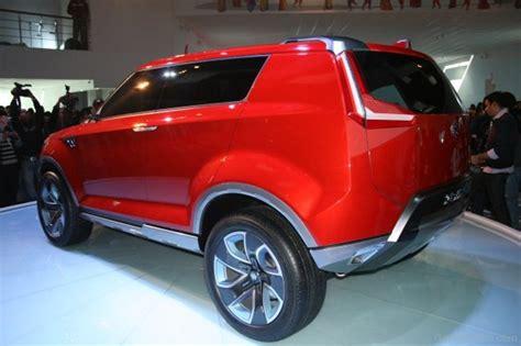 Suzuki Suv Car Maruti Suzuki Compact Suv Car Pictures Images
