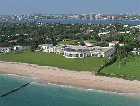 trump palm beach house miami luxury real estate florida 187 donald trump palm beach home sold for 100 000 000