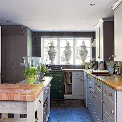 edwardian kitchen ideas rustic kitchen edwardian country house decorating