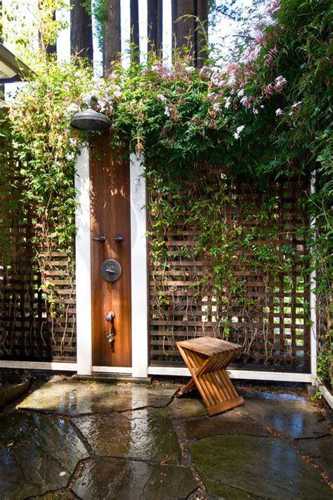 doccia per giardino cabina doccia da giardino idee per la casa