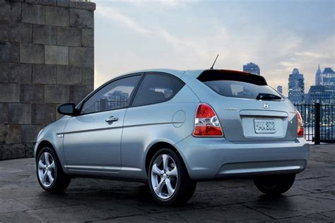 how to fix cars 2009 hyundai accent on board diagnostic system 2009 hyundai accent overview cars com