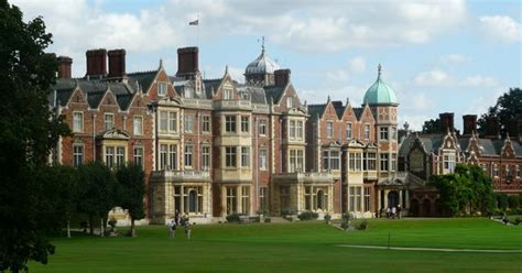 sandringham house buckingham palace and other royal family residences foreign students