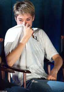 16 Year Old Bedroom Ideas shailene woodley in tears at the fault in our stars