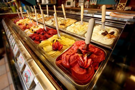 Dessert Bakeries by Seattle Desserts Bakeries 10best Restaurant Bakery