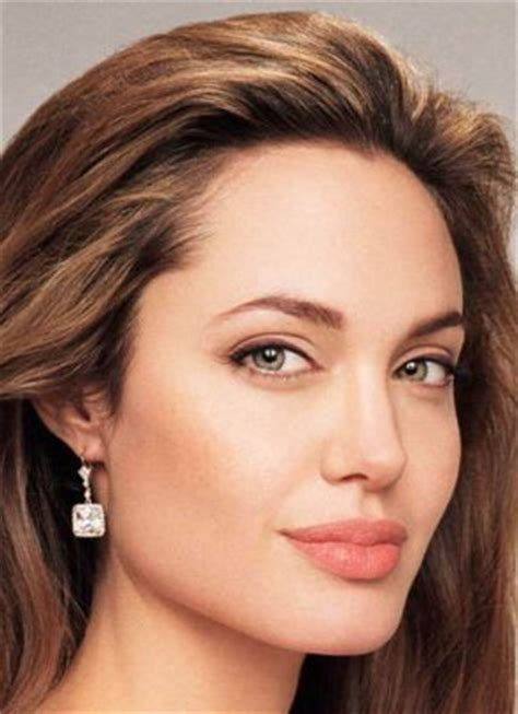 zerchoo entertainment angelina jolie drops 25 million where style is timeless jewelry that transcends time