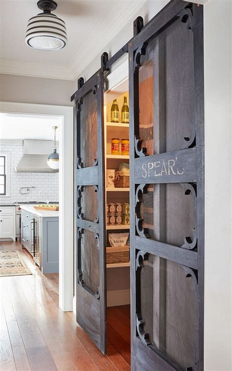 Sliding Pantry Door Hardware by Best 25 Screen Door Pantry Ideas On Screen