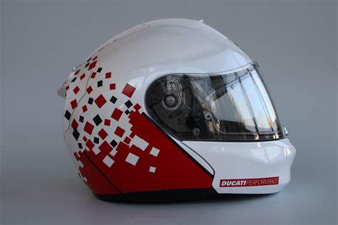 Helm Aufkleber Ducati by Helm Design F 252 R Einen Ducati Fahrer Irace Design