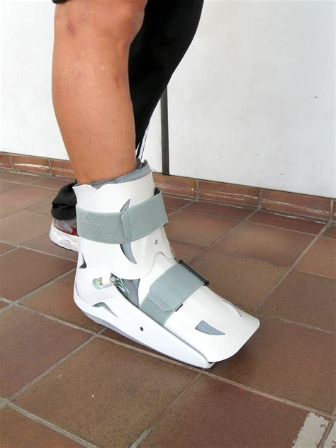 walking boot for broken foot ankle sprains