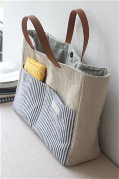 easy tote bag pattern with pockets easy multi pocket tote bag free sewing tutorial jet