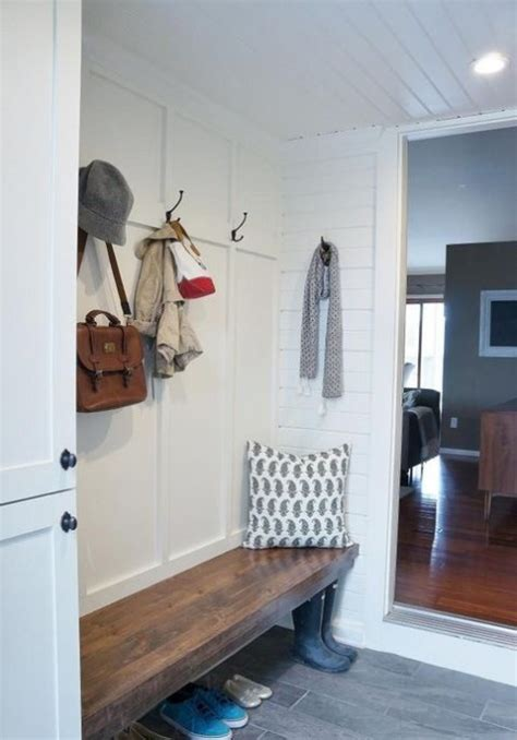 Small Mudroom Decorating Ideas Small Mudroom And Entryway Decor Ideas Comfydwelling