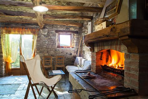 interno baita baita a mel chalet valbelluna rifugio di montagna