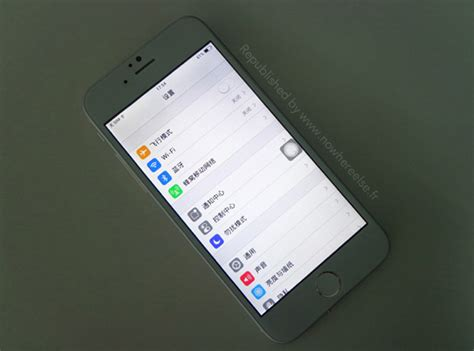 apple to start bigger iphones next month this is the functional iphone 6 clone syncios