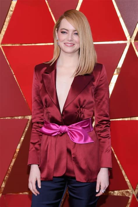 emma stone feminist emma stone accused of white feminism for oscars remark