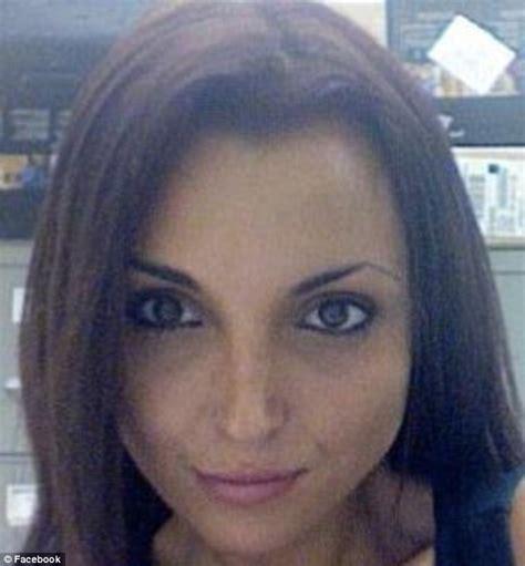 woman drowns in bathtub paralegal 26 found dead in her boyfriend s bathtub