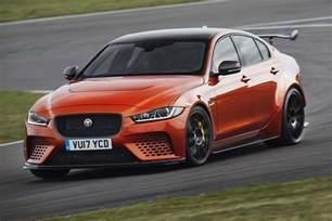 Jaguar Xe 2018 Jaguar Xe Sv Project 8 Look Motor Trend