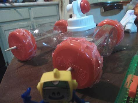 como hacer carrito con material reciclable juguetes como hacer un carrito con materiales reciclados carrito de