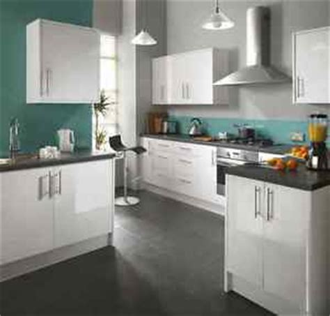 white gloss slab kitchen doors 7 pce kitchen rapide fairmont white high gloss slab door