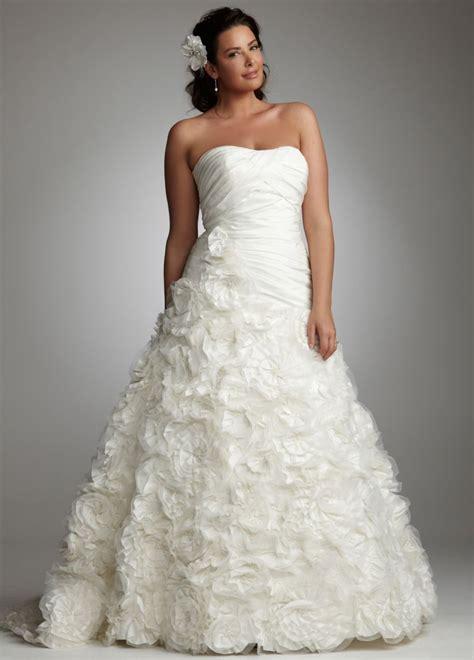 wedding hairstyle ideas for plus size 5 styles of plus size wedding dress
