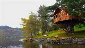Treehouse Architecture - how to build a treehouse in the backyard